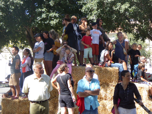 Kids on haystack