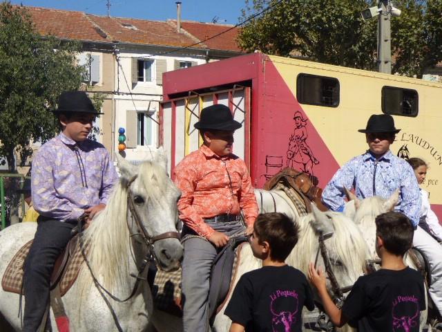Kids still waiting for bull