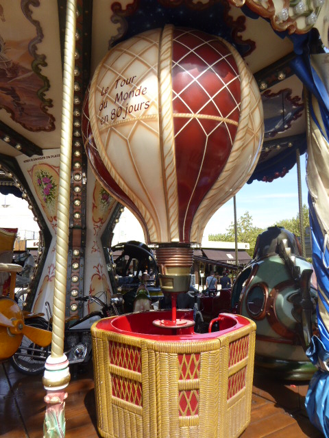 Carrousel 2