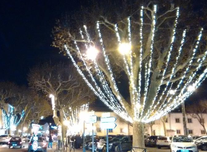 Twinkly Place de la Rep